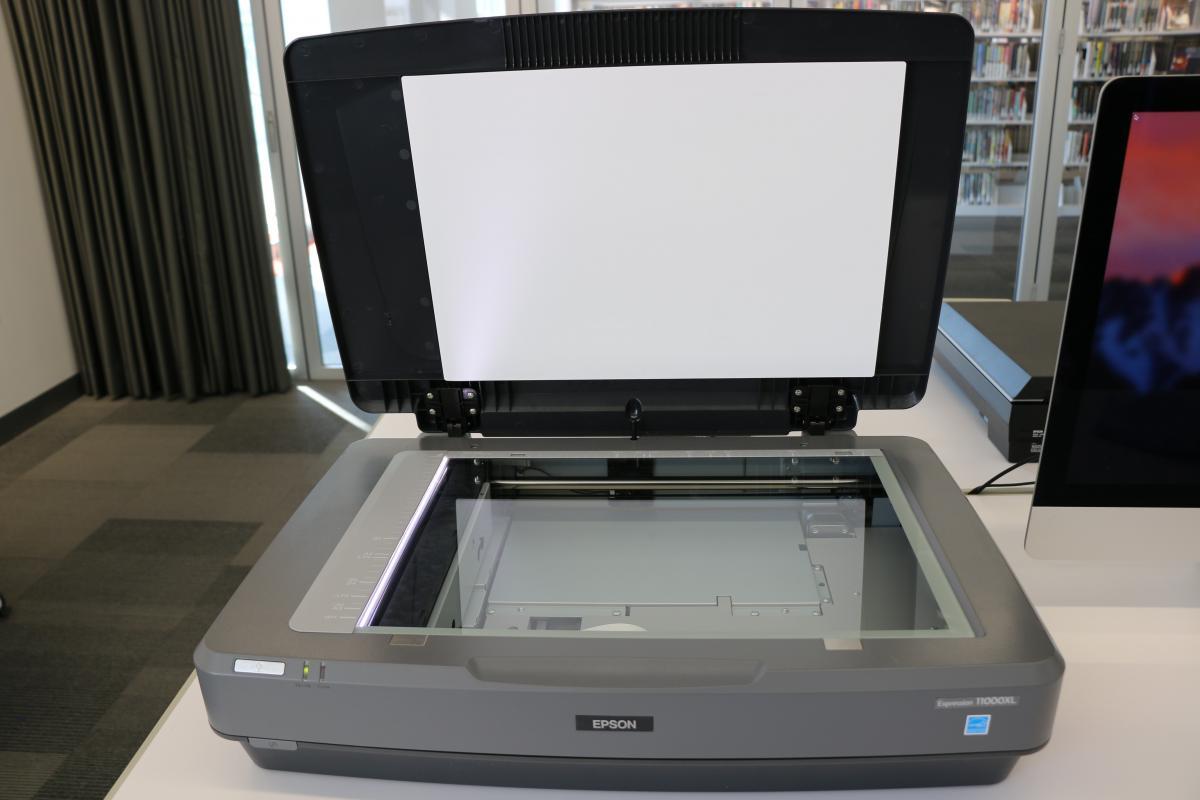 Digitization Equipment in the Digital Literacy Lab   Tulsa